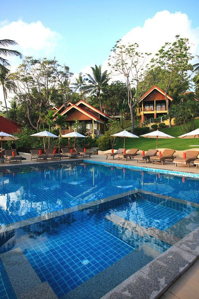 new star beach resort & pool villas