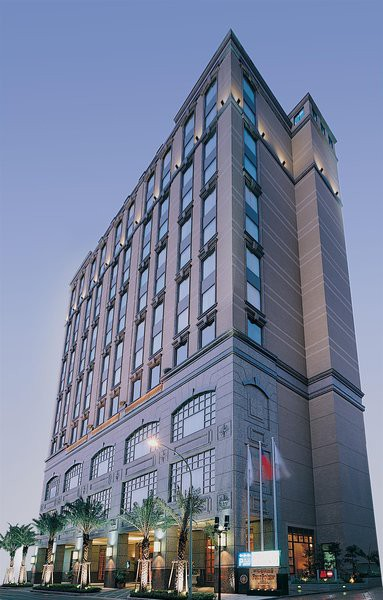 four points by sheraton chung ho