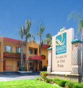 quality inn & suites anaheim at the park.