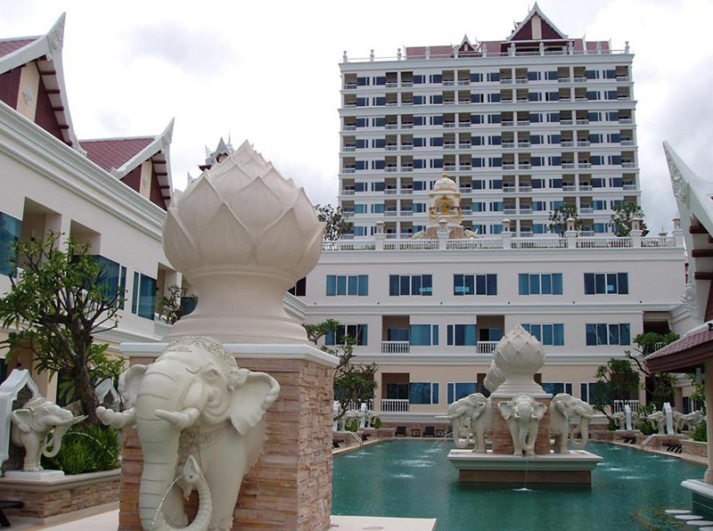 grand pacific sovereign resorts & spa