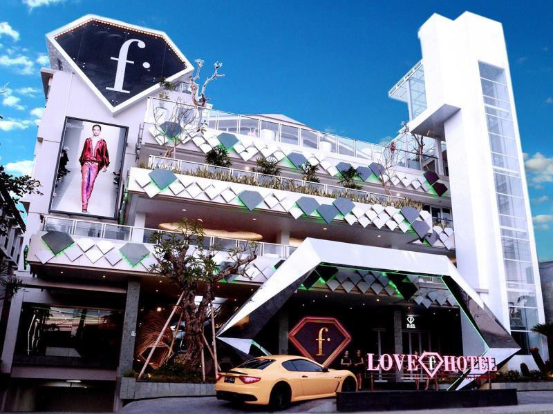 Love Fashion Hotel By Fashiontv