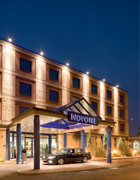 Novotel London Heathrow Airport Hotel