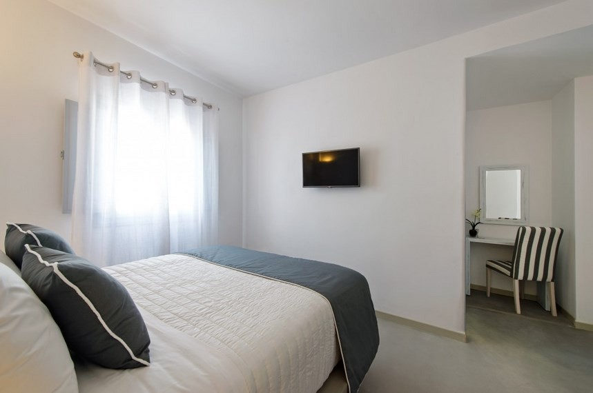 CENTRAL FIRA HOTEL 12_11