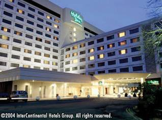 HOLIDAY INN LONDON HEATHROW M4J4