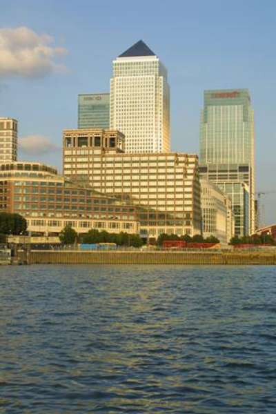 DOUBLETREE BY HILTON LONDON DOCKLANDS RIVERSIDE (formerly HILTON DOCKLANDS)