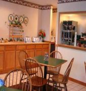 Book Country Inn & Suites By Carlson Mount Morris Rochester - image 3