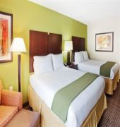 Book Holiday Inn Express Rome-East Rome - image 2