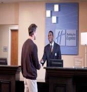 Book Holiday Inn Express Tacoma Downtown Tacoma - image 1